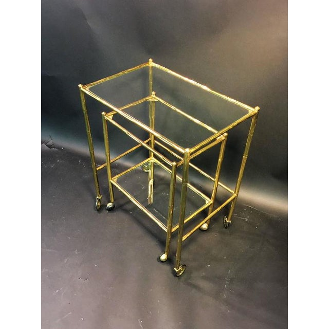 Baguès EXCEPTIONAL PAIR OF BAQUES BRASS BAMBOO NESTING TABLES ON WHEELS For Sale - Image 4 of 10