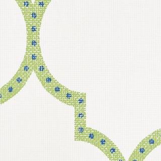 Schumacher Algiers Paperweave Wallpaper in Leaf For Sale