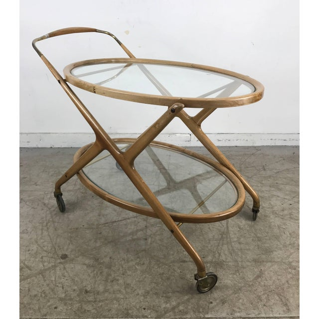 Cesare Lacca Cesare Lacca 1960s Bar Cart With Glass Shelves and Brass Details For Sale - Image 4 of 8