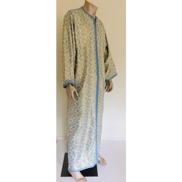 Moroccan Artist Metallic Blue and Silver Brocade 1970s Maxi Dress Caftan, Evening Gown Kaftan For Sale - Image 4 of 13