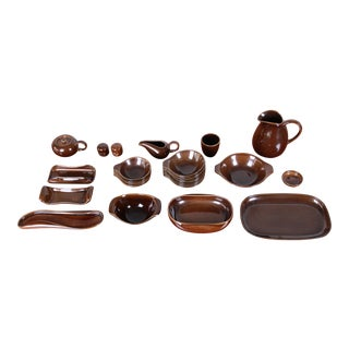 1940s Russel Wright for Steubenville Pottery American Modern 28-Piece Dinnerware Set For Sale