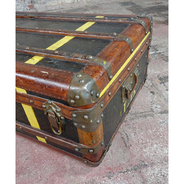 Gold Goyard 1920s Beautiful French Vintage Leather Steamer Trunk For Sale - Image 8 of 9