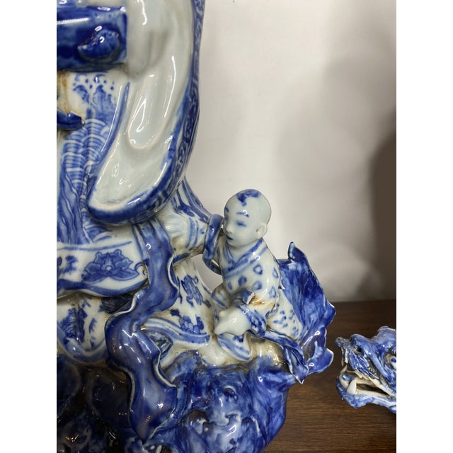 Figurative Vintage Chinese Blue & White Figures - Set of 2 For Sale - Image 3 of 13