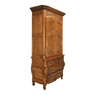 French Walnut Cupboard or Cabinet circa 1800 For Sale