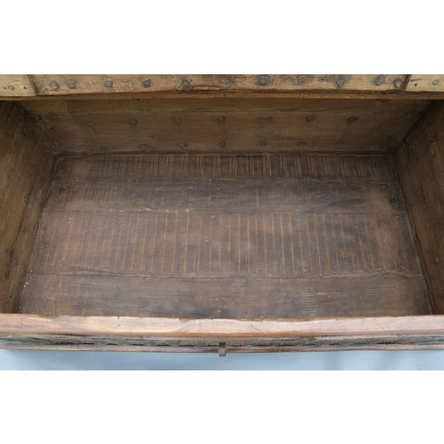Late 19th Century British Colonial Iron Bound Trunk Coffee Table Chest For Sale - Image 5 of 13