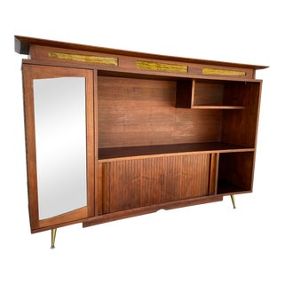1960s Mid Century Modern Cabinet For Sale