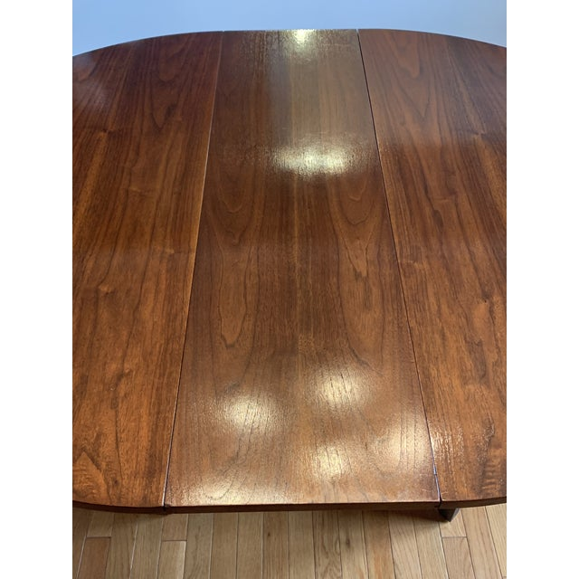73668c693d8b8 1960s Mid-Century Modern Broyhill Premier Brasilia Dining Table For Sale -  Image 12 of