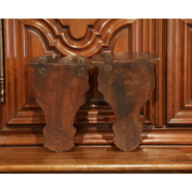 19th Century French Louis XIV Carved Walnut and Oak Wall Brackets-a Pair For Sale In Dallas - Image 6 of 7