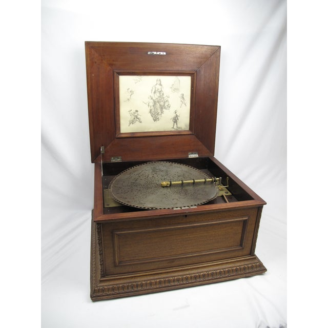 Early 20th Century Early 20th Century Antique Regina Double Comb Music Box For Sale - Image 5 of 13