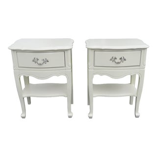 French Painted Pair of Nightstands Side End Bedside Tables 2183 For Sale