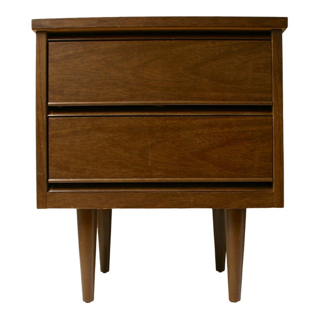 Mid Century Modern 2-Drawer Nightstand For Sale