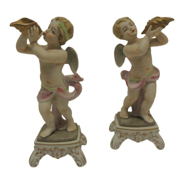 Pair of Vintage Japanese Exports Bisque Porcelain Cherubs. For Sale