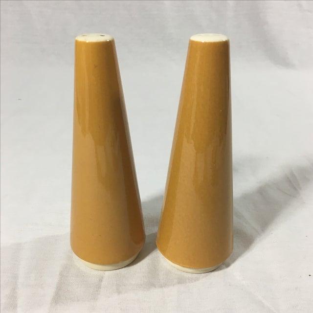 Vintage Ceramic Atomic Salt and Pepper Shakers - Image 2 of 5