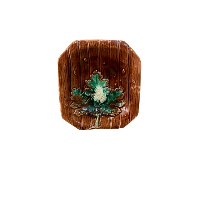 Majolica Majolica French Porcelain Catchall Dish For Sale - Image 4 of 5