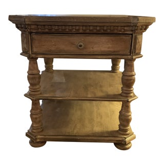 American Classical Hooker Furniture End Table For Sale