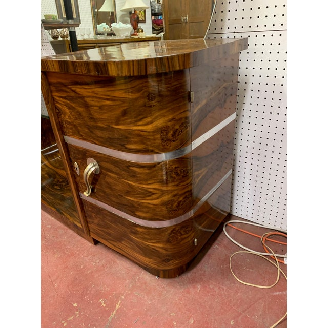 Art Deco 1930s Art Deco Rosewood Vanity With Round Mirror For Sale - Image 3 of 9