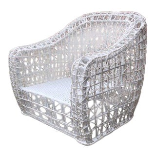 Modern Linda Outdoor Chair White For Sale