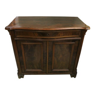 Early 20th Century French Country Mahogany Commode For Sale
