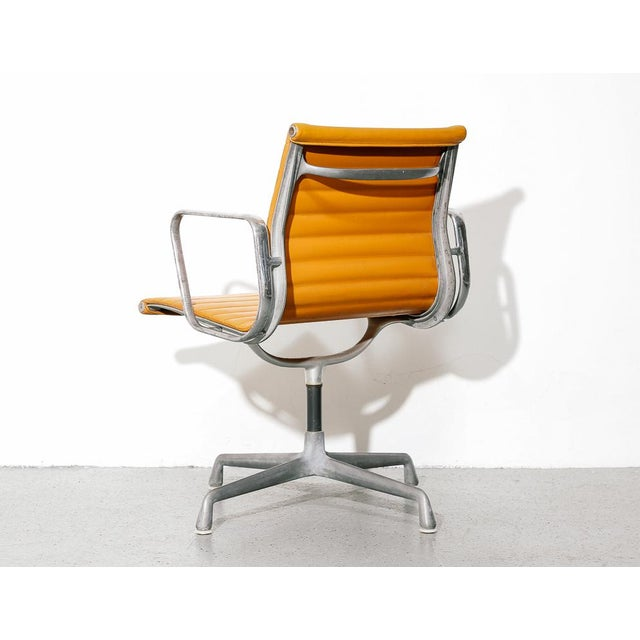 Orange Vintage Eames Aluminum Group Chair in Orange For Sale - Image 8 of 11