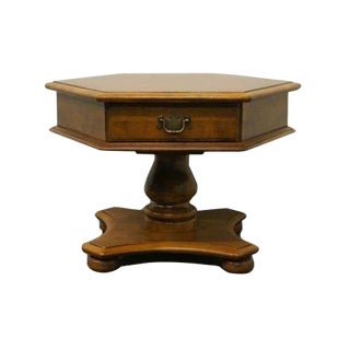 20th Century Traditional Ethan Allen Heirloom Nutmeg Maple Pedestal End Table For Sale