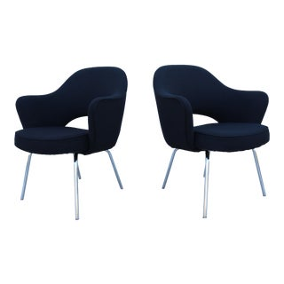 1950 Mid-Century Modern Knoll Eero Saarinen Executive Arm Chairs - a Pair For Sale