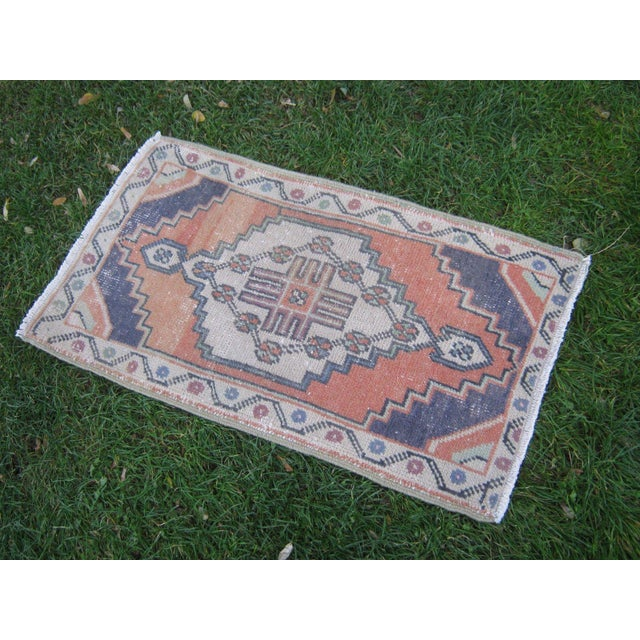 "Vintage Small Turkish Beige Wool Pile Hand Knotted Area Rug - 1'7"" x 2'11"" - Image 3 of 6"