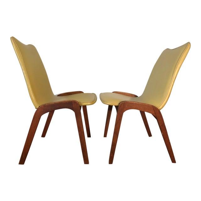 Johannes Andersen Style Mid-Century Danish Teak Chairs - a Pair For Sale
