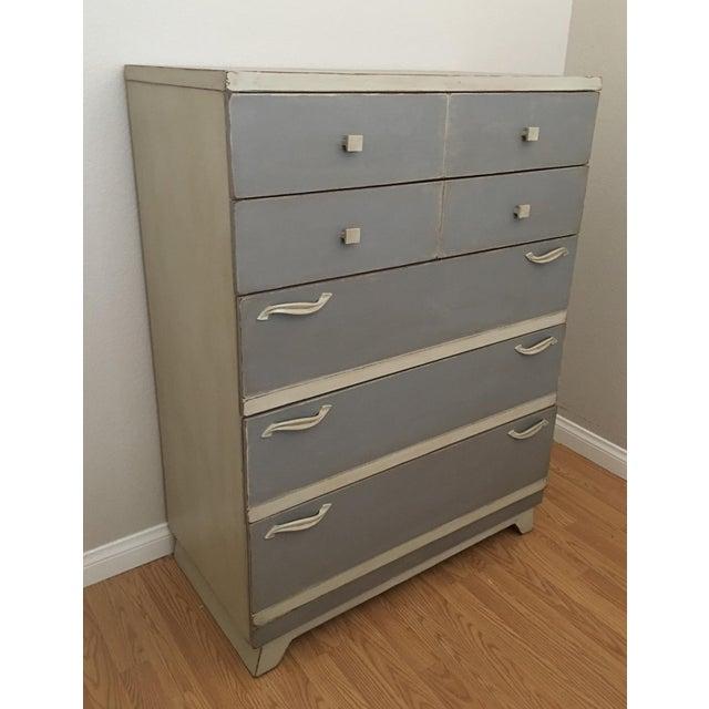 Gray Mid-Century Chest Dresser - Image 4 of 5