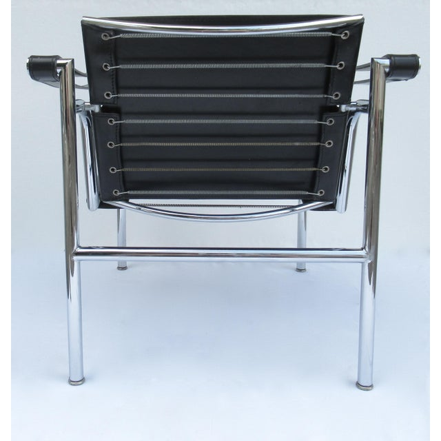 Black C.1950s-60s Le Corbusier LC1 Basculant Chrome & Black Saddle Leather Sling Lounge Chair For Sale - Image 8 of 13