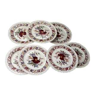 20th Century English Traditional Wedgwood Cornflower China Dinner Plates - Set of 7 For Sale