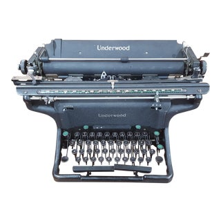 1940s Antique Underwood Typewriter For Sale