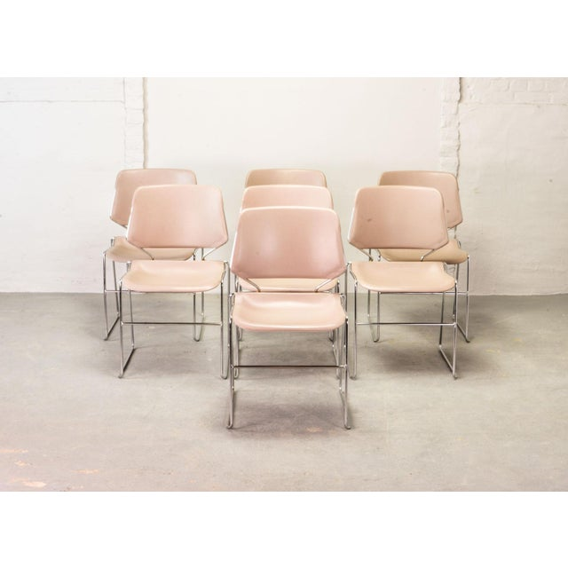 Set of seven stackable mid-century Krueger Matrix chair, manufactured in the USA in the 1970s. Clean and minimalistic...