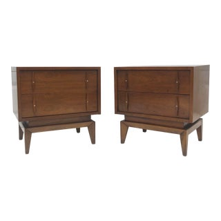 Pair Mid-Century Modern Nightstands by American of Martinsville For Sale