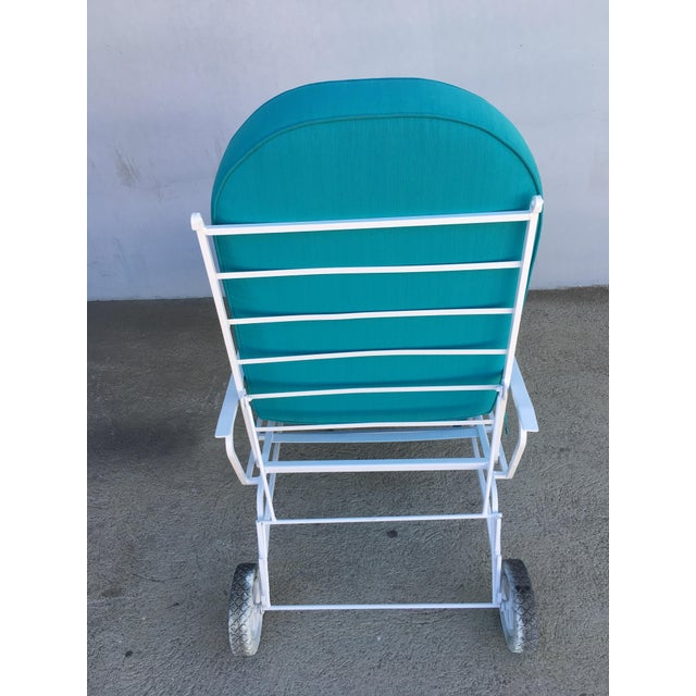 White steel outdoor / patio chaise lounge, produced in 1960 by the Woodard Furniture Company. This comfortable and stylish...