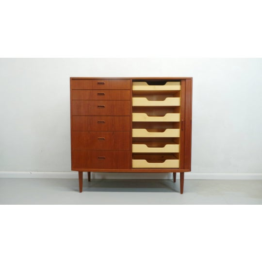 Danish Modern 1960s Mid Century Danish Modern Teak Gentleman's Chest By Falster For Sale - Image 3 of 9