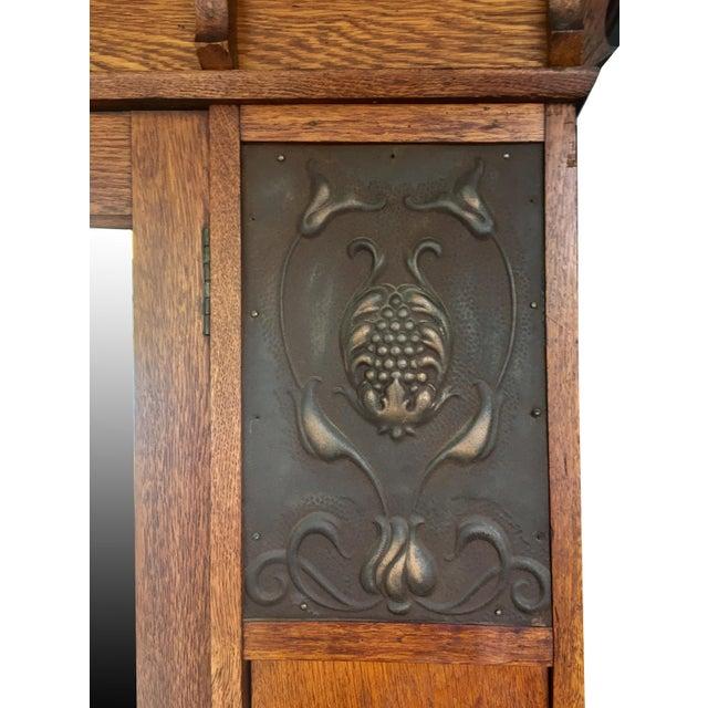 C.1910 Antique Arts & Crafts Oak Armoire - Image 6 of 7