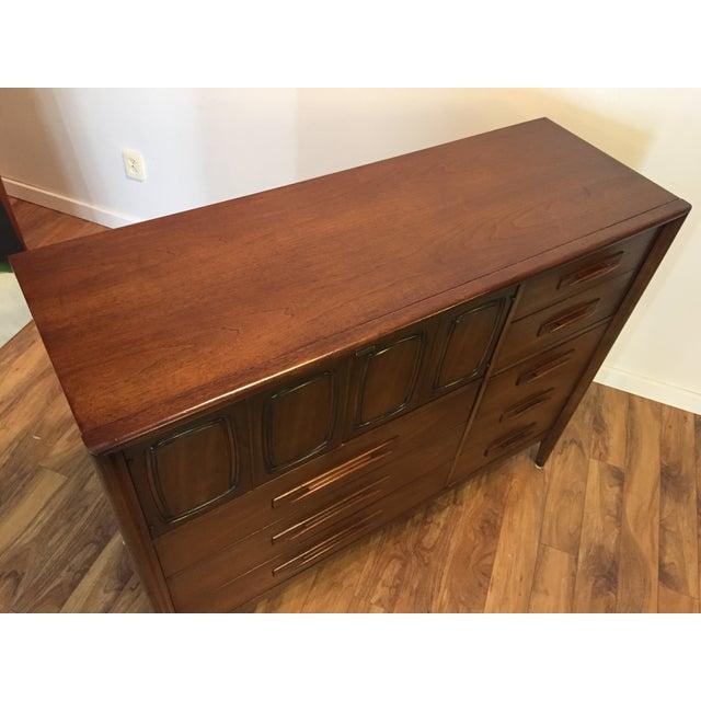 Midcentury Modern Broyhill Premier Dresser For Sale - Image 10 of 11