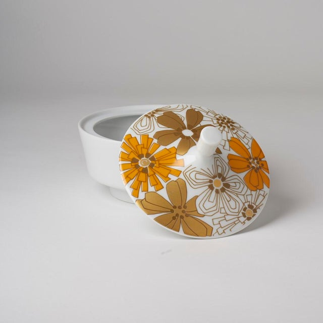 Flower Power! 1970's floral covered dish. Germany-Jaeger-Bavaria.