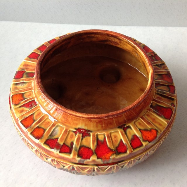 "1970s Brown and Red ""UFO"" Ceramic Planter - Image 5 of 11"