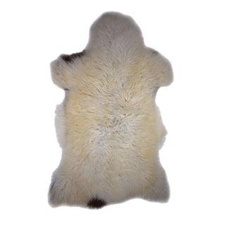 """Contemporary Handmade Long Hair Sheepskin Pelt - 2'4"""" X 3'8"""""""