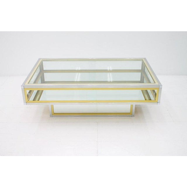 Vitrine Coffee Table in Chrome, Brass and Glass, France 1970s For Sale - Image 6 of 13