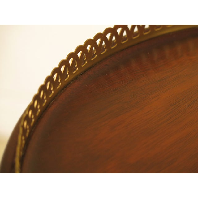 Queen Anne 1980s Queen Anne Henkel Harris Tall Mahogany Pedestal Table For Sale - Image 3 of 7