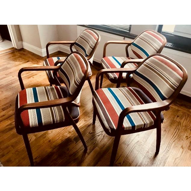 1970s Knoll Mid-Century Modern Chairs - Set of 4 For Sale - Image 10 of 10
