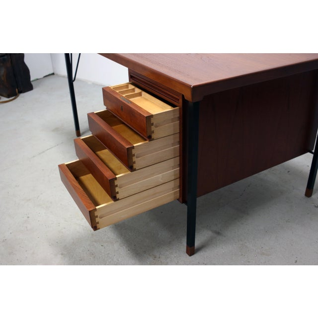 1960s Vintage Danish Modern Arne Vodder for Jon Stuart Teakwood Writing Desk For Sale - Image 5 of 12