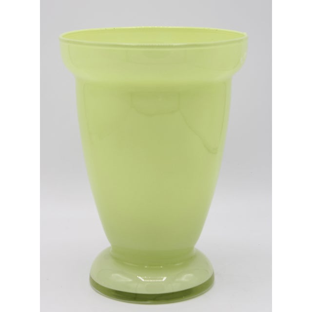 Mid Century Modern Celery Green Glass Vase For Sale In Tulsa - Image 6 of 8
