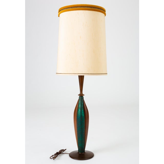 1950s Tall Table Lamps in Walnut and Resin by Moderna - a Pair For Sale - Image 5 of 13