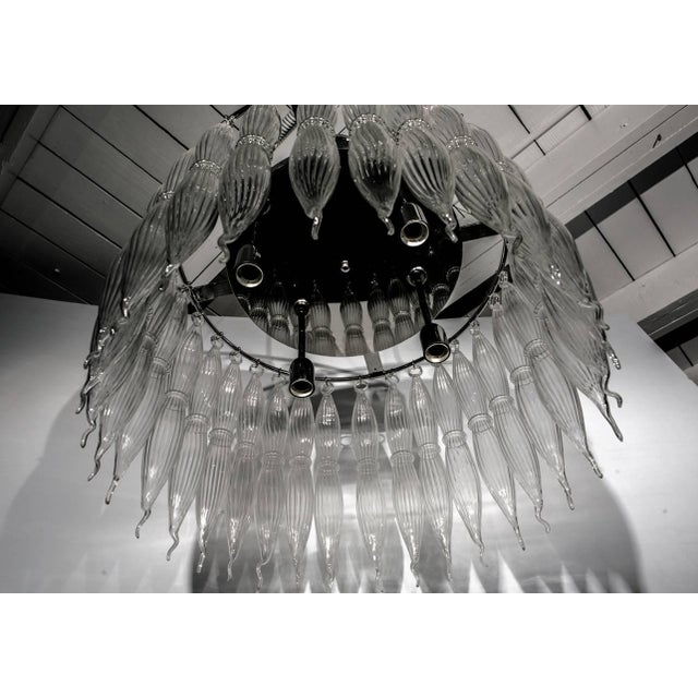 Mid 20th Century Tassels Clear Murano Glass Chandelier on a Chrome Base For Sale - Image 5 of 8