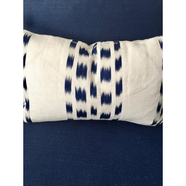 Schumacher Custom Schumacher Izmir Striped Lumbar Pillow Cover With Navy Tassels For Sale - Image 4 of 5