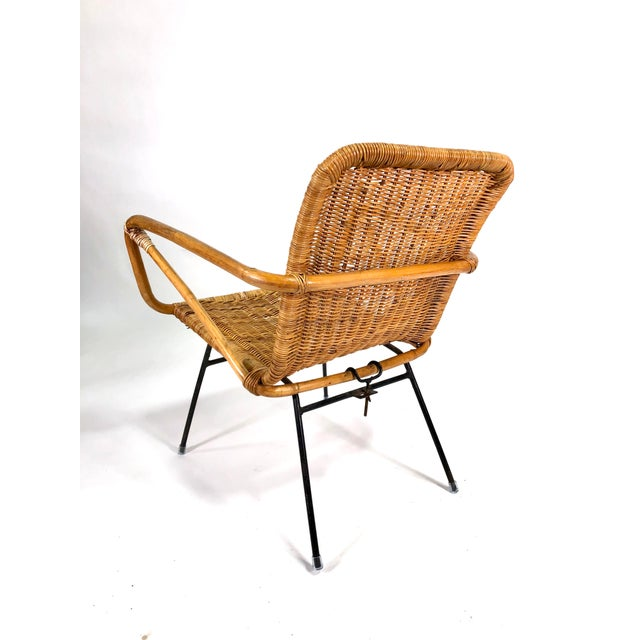 Mid Century Italian Rattan Lounge Chair For Sale In New York - Image 6 of 12