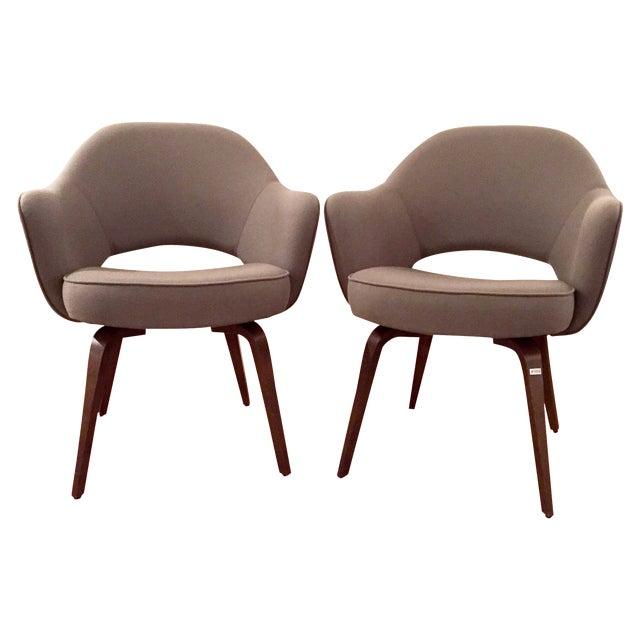 Knoll Saarinen Executive Armchairs - A Pair - Image 1 of 6